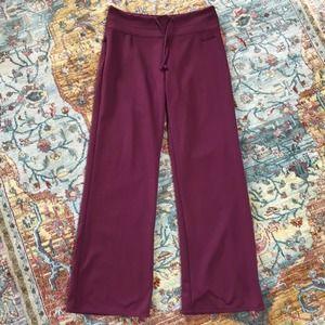 Columbia   Titanium Maroon Sweatpants Size S